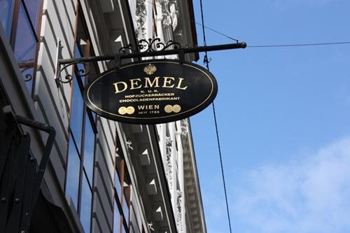 demel4