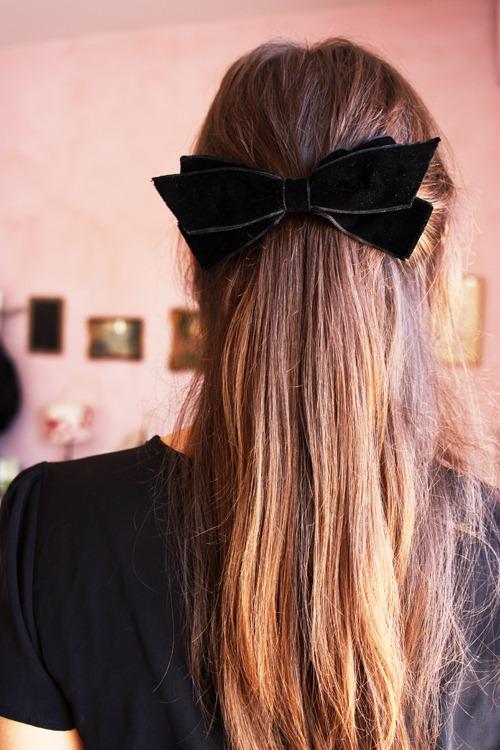 black bow 2