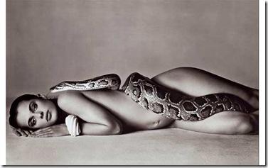 natassja kinski y la serpiente - richard avedon