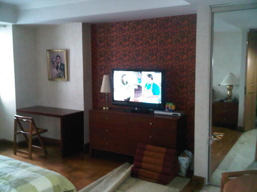 Tags: tekhnik pasang wallpaper, tips pasang wallpaper, wallpaper