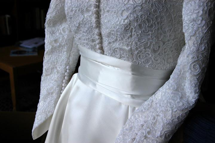 Classic Wedding Gowns / Bridal Dress