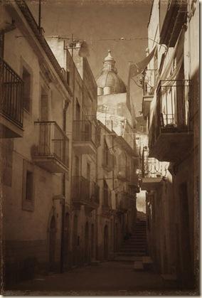 Caltigirone Alley