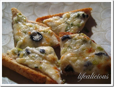 Olive Cheese Mayo Bread