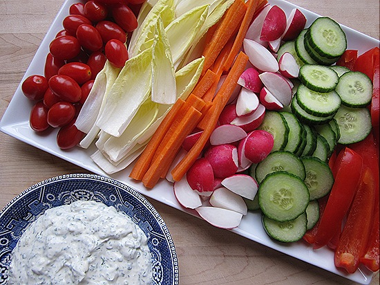 Creamy Herb Dip with Vegetables