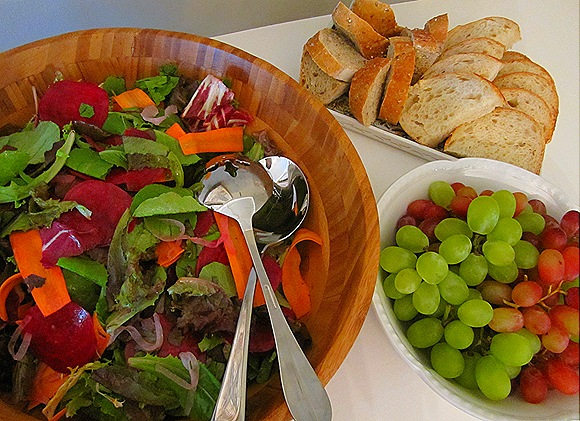Salad, Grapes & Bread