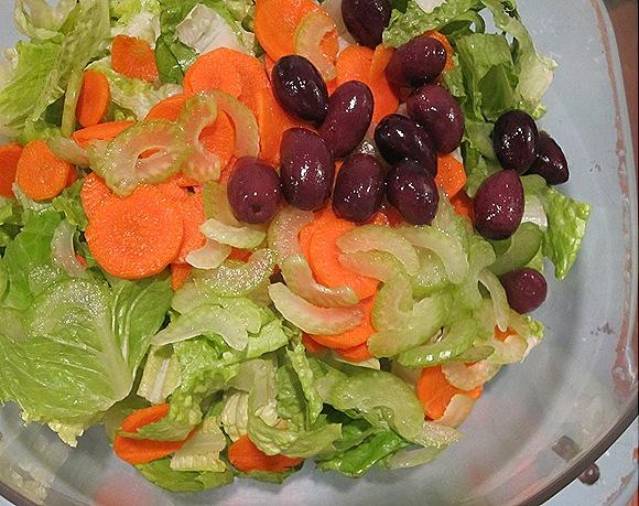 Romaine, Carrots, Celery, Kalamatas