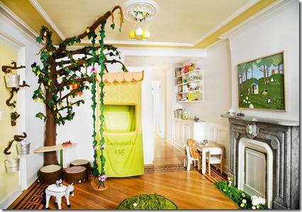 01_tree_room