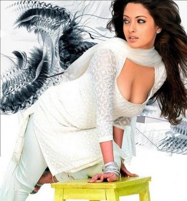 Riyasen Hot Exposing Photos
