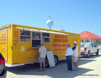 Doug's Seafood, selling fresh shriimp, grouper and snapper.