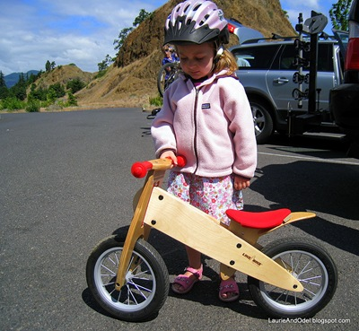 Pedal-less bike and petite rider