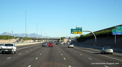 Six lanes heading east towards Mesa, AZ