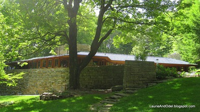 Kentuck Knob from yard