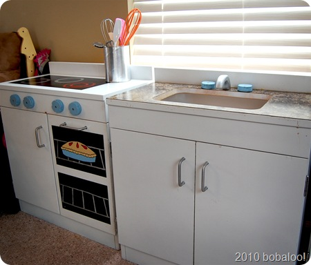 12 28 10 oven and sink