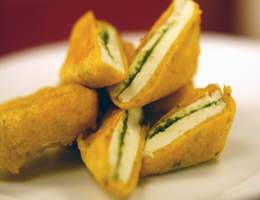 Recipe Of The Day: Paneer Pakode (by Sanjeev Kapoor)