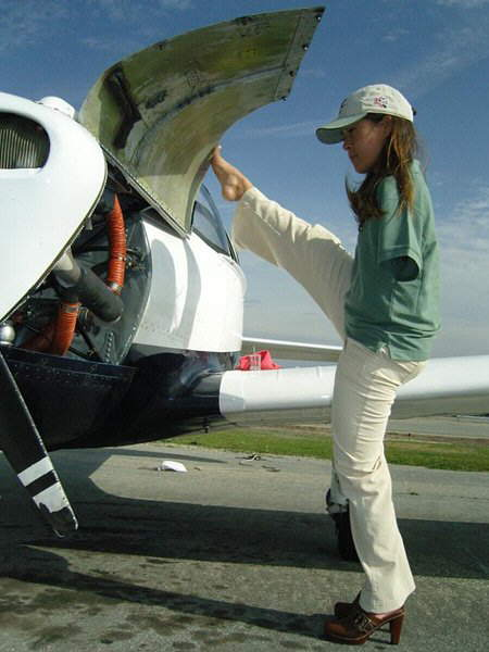 Armless Girl Gets A Pilot License
