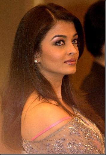 1Aishwarya Rai bollywood  actress pictures 140410