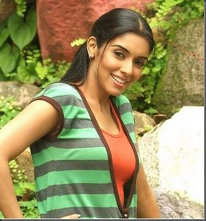 02asin sexy bollywood actress pictures 210709