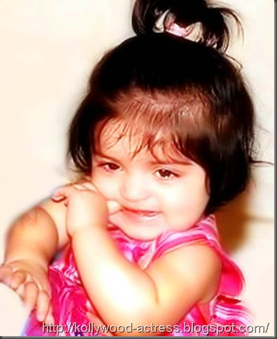 ajith-shalini-daughter-anoushka-first-birthday-1