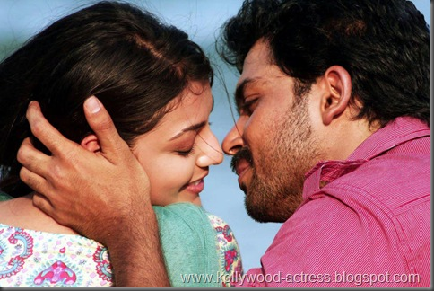 Karthi, kajal agarwal -Naan Mahaan Alla movie stills6