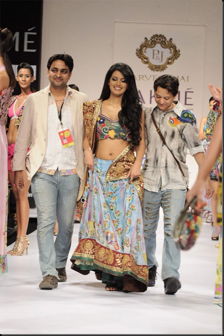 Lakme Fashion Week 2011 pics1