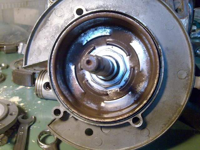 Renovering av motor Bild014