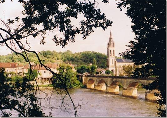 Lalinde,_Dordogne,_France_1993