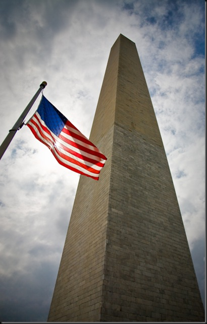2 Washington Monument and Flag