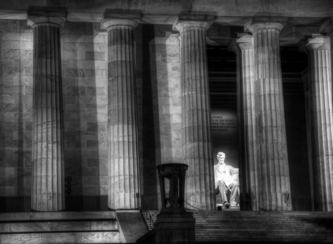 Lincoln HDR BW