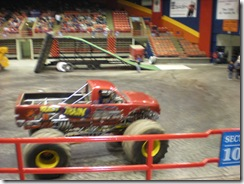 monster trucks 013