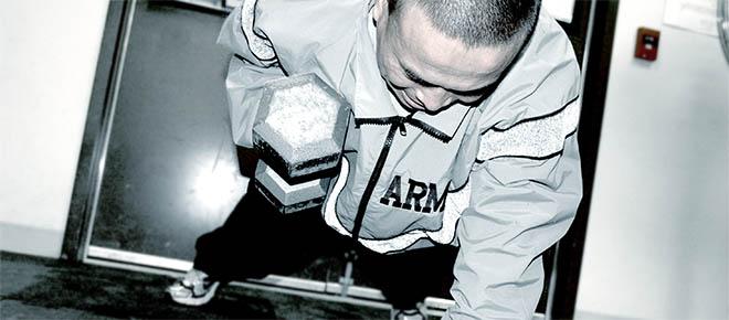 Patru excerciții cu ganterele pentru brațe de invidiat