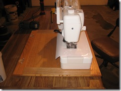 sewing table patty 012