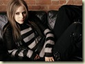 Avril Lavingne 22 1024x768 Hollywood Celebrity Pictures