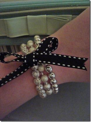 bracelets display