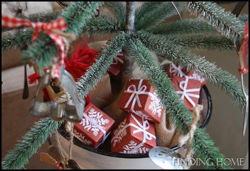 Nativity, vignettes, trees 042 - Copy