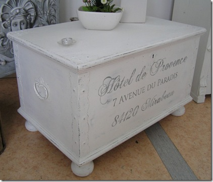 Kistbord Hotel de Provence från sidanjpg