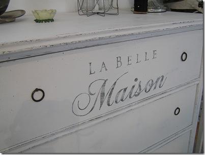 Byrå Belle Maison närbild