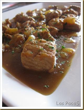 Cerdo con piña y salsa de soja (2)