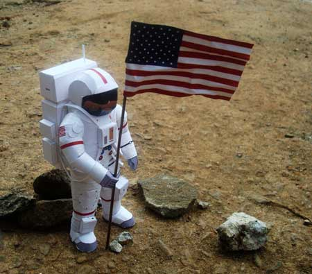 US Astronaut Papercraft