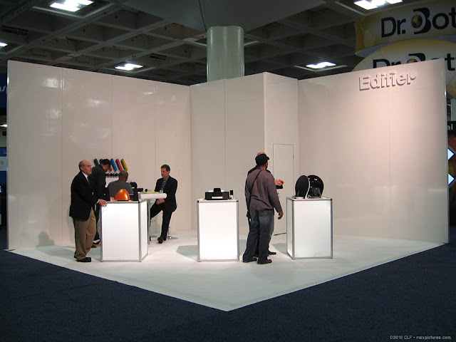 The very spartan Edifier booth