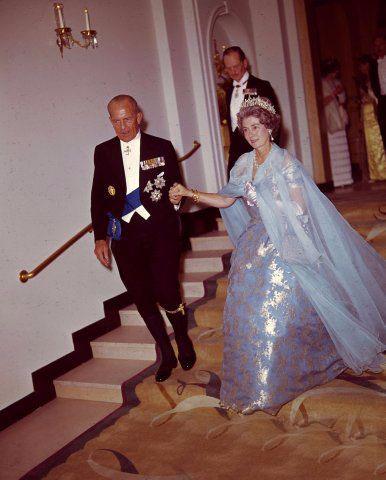 Historia de la Casa Real de Grecia - Página 18 2491