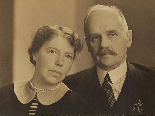 Grandes duques y G. Duquesas: Jorge, Xenia y Olga - Página 8 Ab68