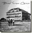 O primeiro hotel do RJ é o Pharoux, construído por volta de 1825 que no sec XX, foi utilizado como Casa de Saúde ...foi demolido para dar lugar a bélíssimo elevado da Perimetral