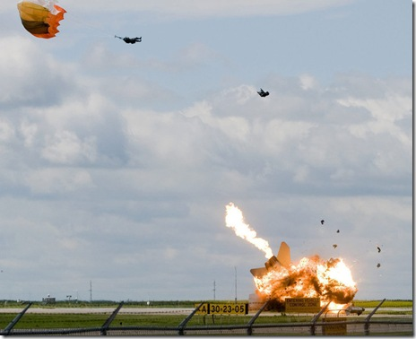 Pilot ejects an instant before fighterjet crashes 3