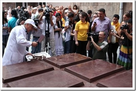 The World's Biggest Chocolate Bar 3