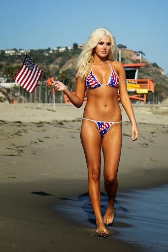 Karissa Shannon superhot bikini Pictures