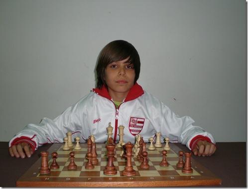 32811-Francisco Moura
