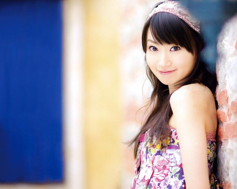 [Resim: mizuki-nana-09.jpg]