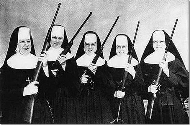 5Armed Sisters_560