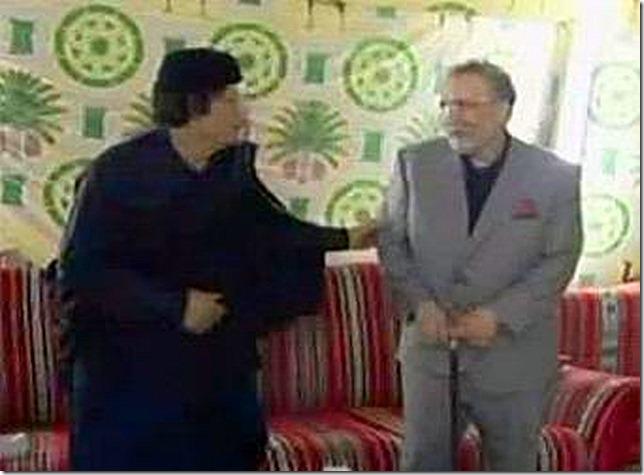 Gadafi_recibe_terrorista_Lockerbie