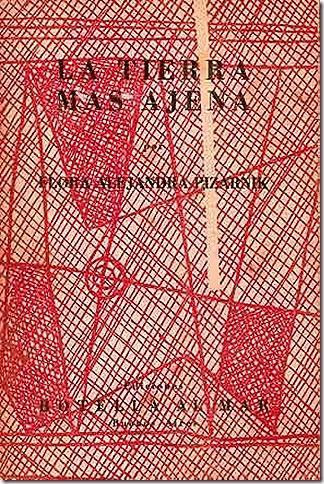 Tapa de La tierra más ajena, primer libro de la autora y único en el que aparece firmado